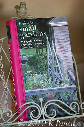 Small Garden Projects book