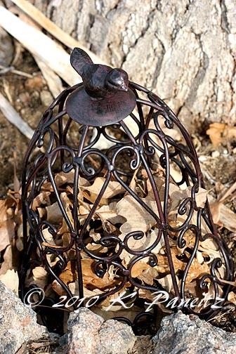 Metal cloche