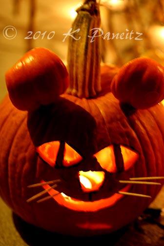 2010 Mouse O'Lantern1