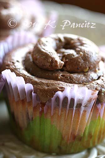 Mocha pistachio cupcakes1