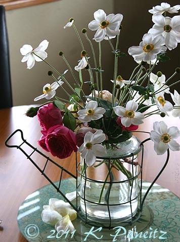 Anemone vase1