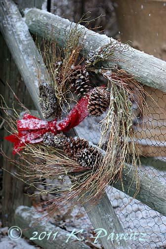 Christmas Gate2