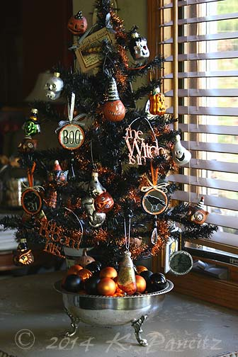 Tabletop Halloween tree