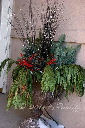 2014 Christmas Urn3