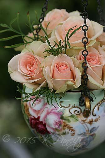 Antique Jardiniere & roses5
