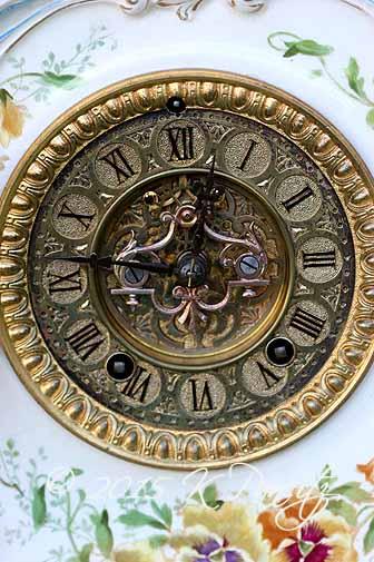 Royal Bonn 'LaLand' Clock1