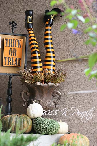 2015 Halloween Porch1