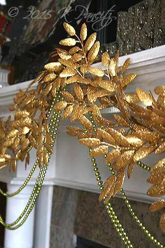 2015 Christmas Mantel Garland2