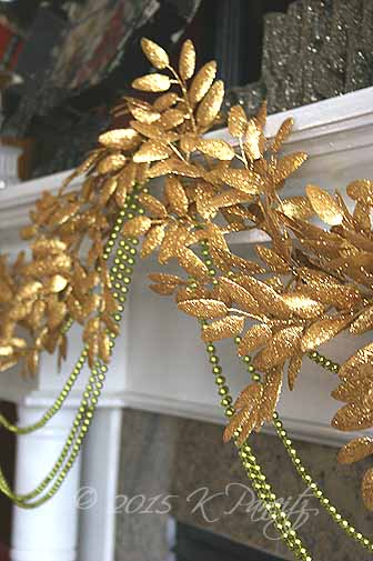 2015 Christmas Mantel Garland3