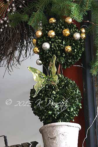2015 Christmas Mantel2