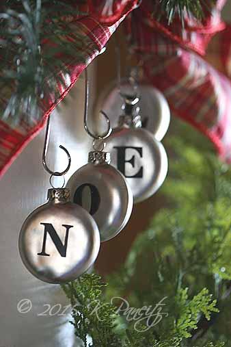 Noel Ornaments